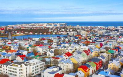Isländsk plåtarkitektur – en färgstark tradition